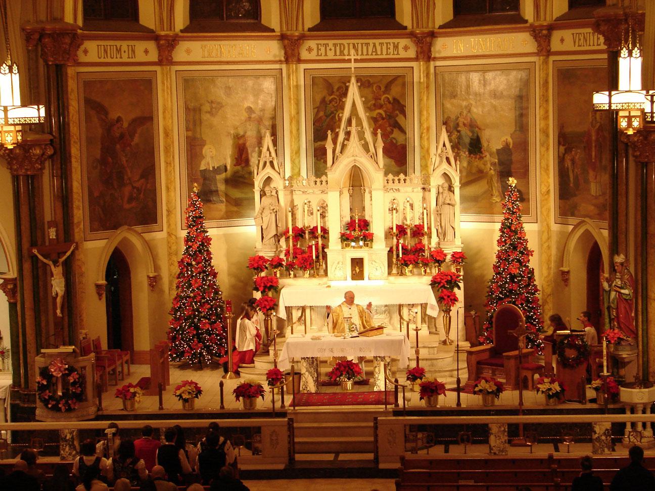 165406 christmas church altar decoration decoration for Altar decoration ideas